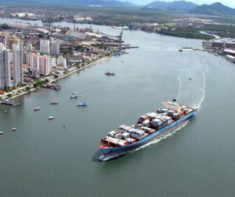 O Porto de Santos será comprado pela China?